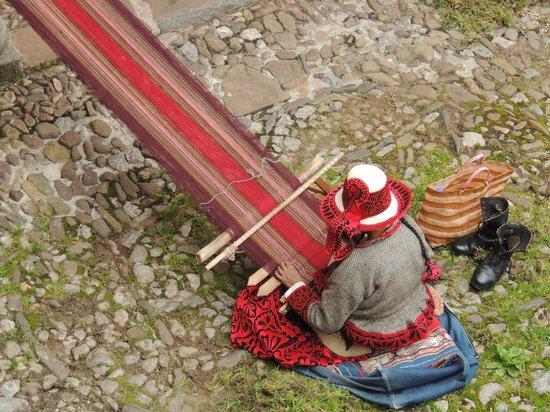Museo Inka : tejedora museo inca