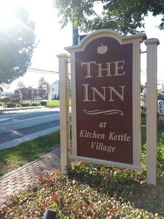 Inn at Kitchen Kettle Village: The Inn's sign on Old Philadelphia Pike