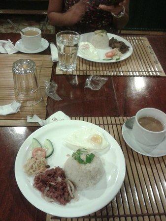 Grandpa's Inn: Ontbijt