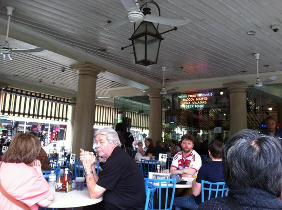 Market Cafe: Outdoor seating