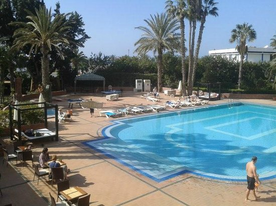 Hotel Argana : Nice pool- shame it was freezing cold!