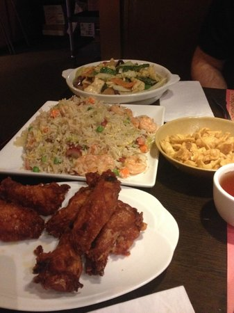 Bamboo House: Our dinner!