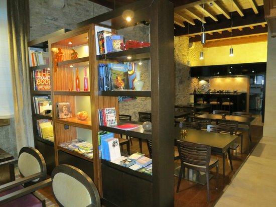 Altair Hotel: Zona hall colazioni
