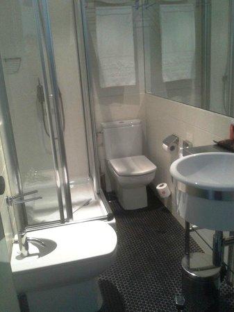 Room Mate Laura: cuarto de baño