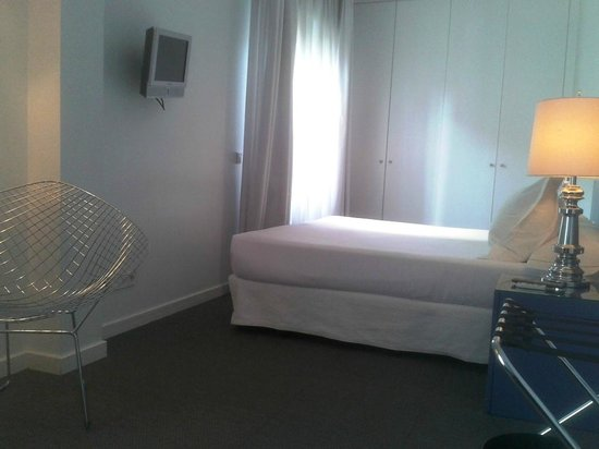 Room Mate Laura: vista de la habitación