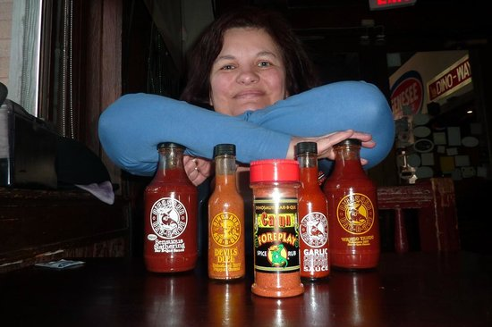 Dinosaur Bar-B-Que : Iva and the chopice of sauces and dips