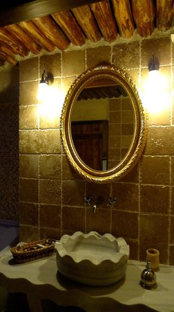 Perimasali Cave Hotel - Cappadocia: バスルーム