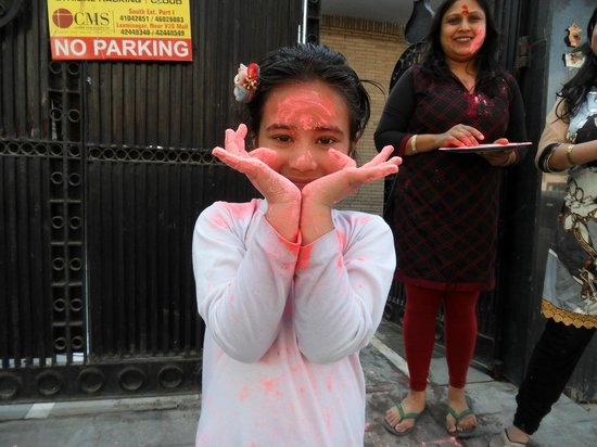Holi festivities at Shanti Home