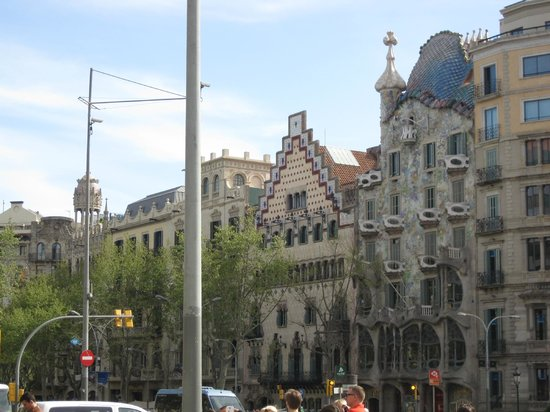 Paseo de Gracia (Passeig de Gracia): Gaudi's Casa Batllo, along with some other impressive buildings.