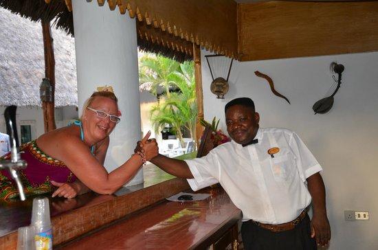 Sandies Tropical Village: de beste  barman die wij ooit hebben ontmoet