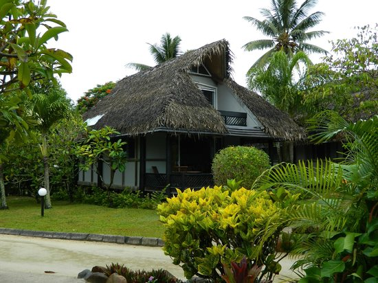 Lagoon Breeze Villas: two level two bedroom villa