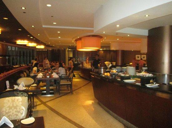 La Vista: Dining area