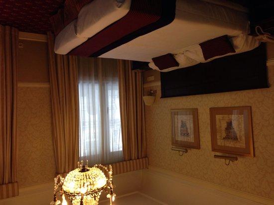 Emperador Hotel Madrid: Room 601
