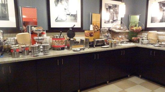 Hampton Inn Columbus Dublin : Breakfast