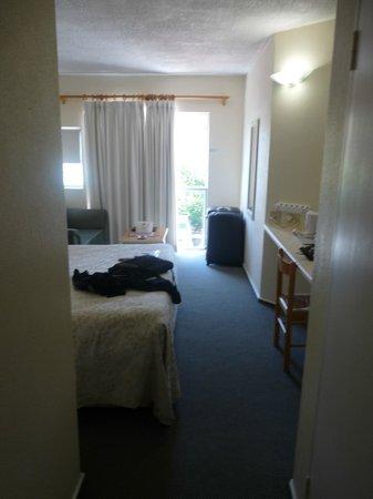 Windsor Hotel & Apartments : autre vue chambre