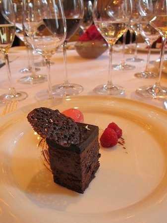 St. James's Hotel and Club: Desserts