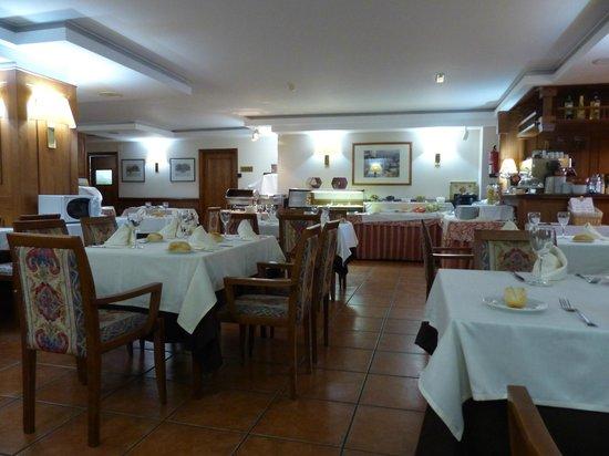 Xalet Verdu Hotel: Large restaurant area