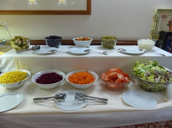 Xalet Verdu Hotel : Selection of fresh salads from the dinner buffet