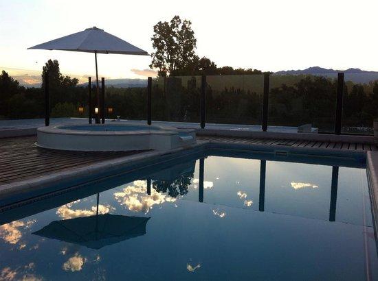 Plaza Paradiso Petit Hotel: Relaxamento junto à piscina