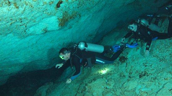 DiveMex : Cenote chaca mool