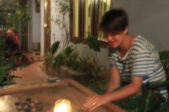 Raja's Guest Home: Playing karam