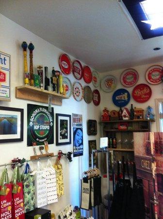 Yosemite Ale Werks: Lots of breweriana