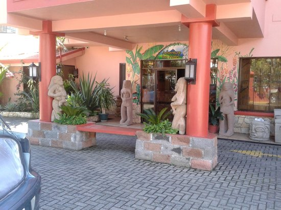 Adventure Inn: entrada
