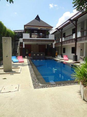 Surintra : la seconde piscine