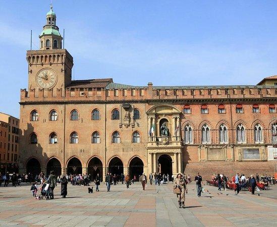Piazza Maggiore : Главная площадь города