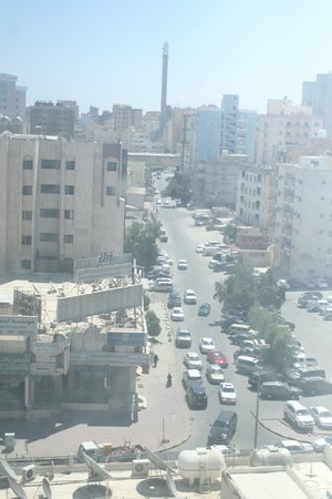 Hawthorn Hotel & Suites Hawally Kuwait : vieew from room