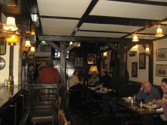 The Laurels: Tables