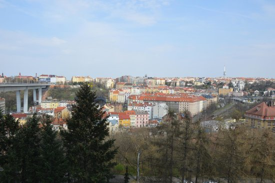 Nationales Kulturdenkmal Vyšehrad: Вид на Прагу от метро