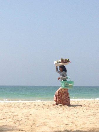Sandoway Resort: Beach
