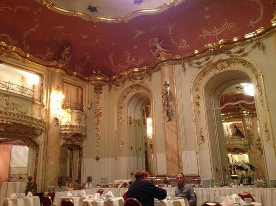 Grand Hotel Bohemia: restaurant