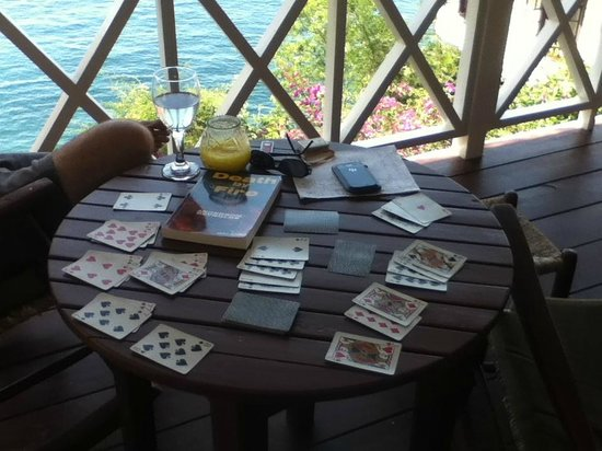 Ti Kaye Resort & Spa: This was the perfect location for our cards and scrabble games