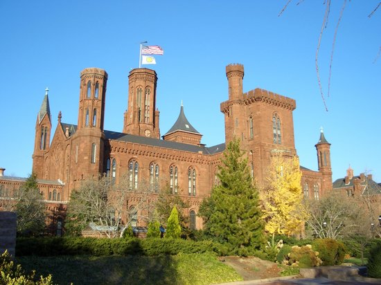 Smithsonian Institution Buidling: The Castle.