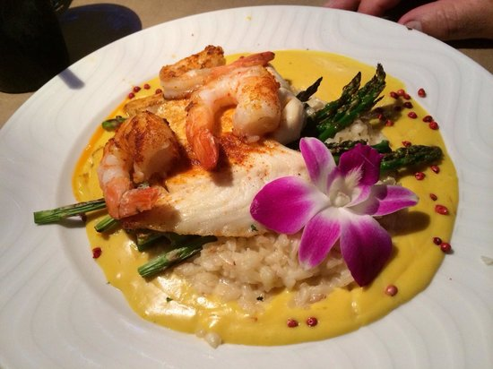 Snappers Sea Grill : Red Snapper