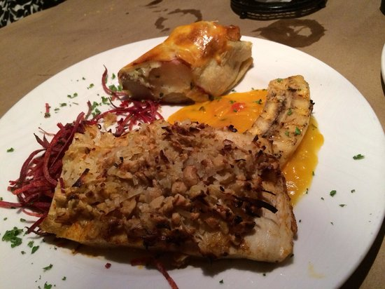 Snappers Sea Grill : Macadamia Mahi Mahi