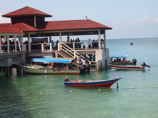 Ombak Inn Chalet: Jetty