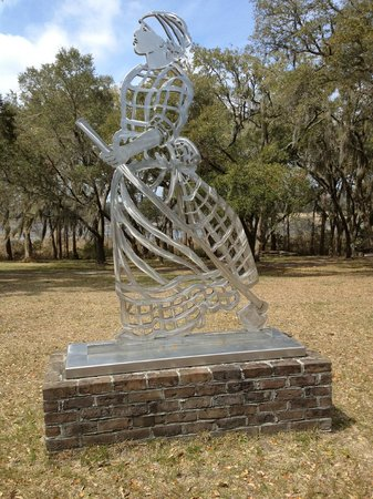 Brookgreen Gardens: Try to Remember the Past