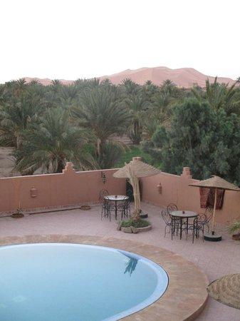 Riad Nezha: Pool/ Riad