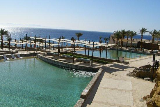فندق لي ميريديان ذهب: Pools