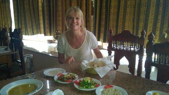 El Hussein Restaurant : Enjoyable, so all smiles