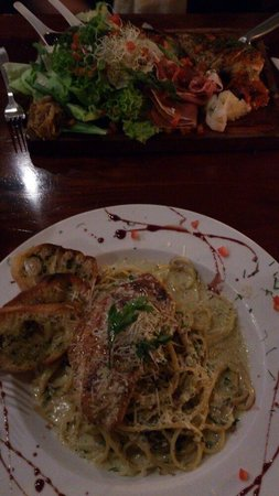"Rendezvous Restaurant : Pasta and ""salad""..."