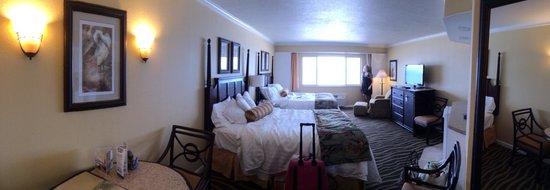 TradeWinds Island Grand Resort: Double Ocean Front Room