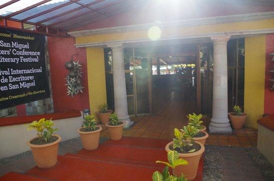 Real de Minas San Miguel de Allende : Вход в отель