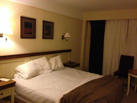 Alto Calafate Hotel Patagonico: Habitación en planta baja