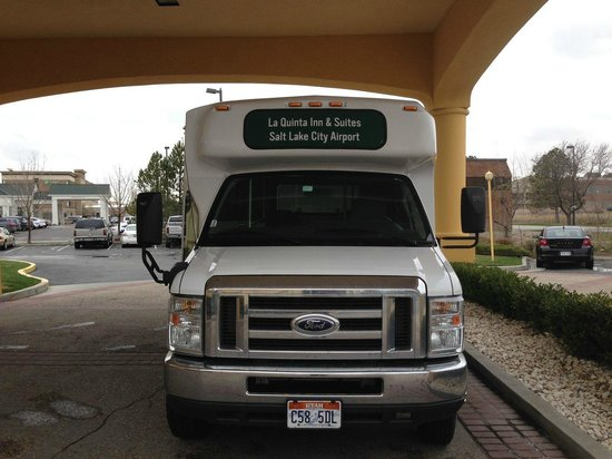 La Quinta Inn & Suites Salt Lake City Airport: Shuttle Bus to Airport