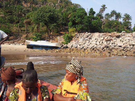 La Villa Elijah: le voyage à la villa en bateau 20mn