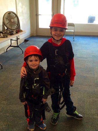 Hidden River Cave and American Cave Museum: Getting ready to Zip line!